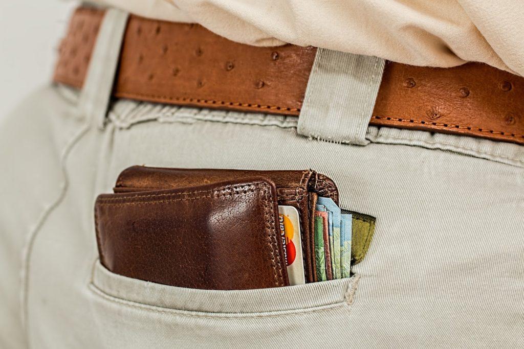 Kreditkarten in Geldtasche
