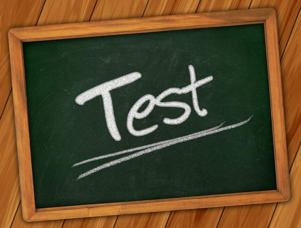 Test-Schriftzug auf Tafel